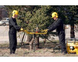 Atlas Copco LPHB — устройство бурения ям для столбов силами двух человек